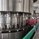 Аутоматска машина за пуњење меда за стакленке, линијско вакуумско затварање и линија за етикетирање